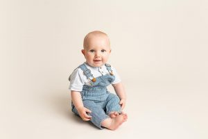 happy boy at Huntingdon baby photography